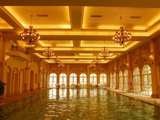 广州九龙湖公主酒店室内恒温泳池