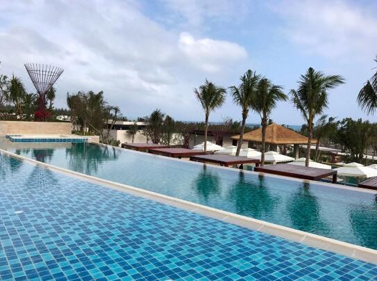 三亚海棠湾红树林度假酒店室外游泳池